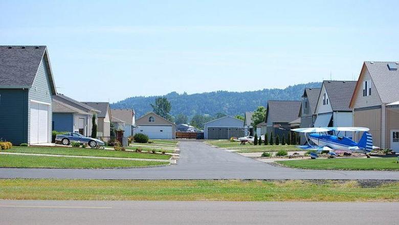 Cameron Airpark Estates California