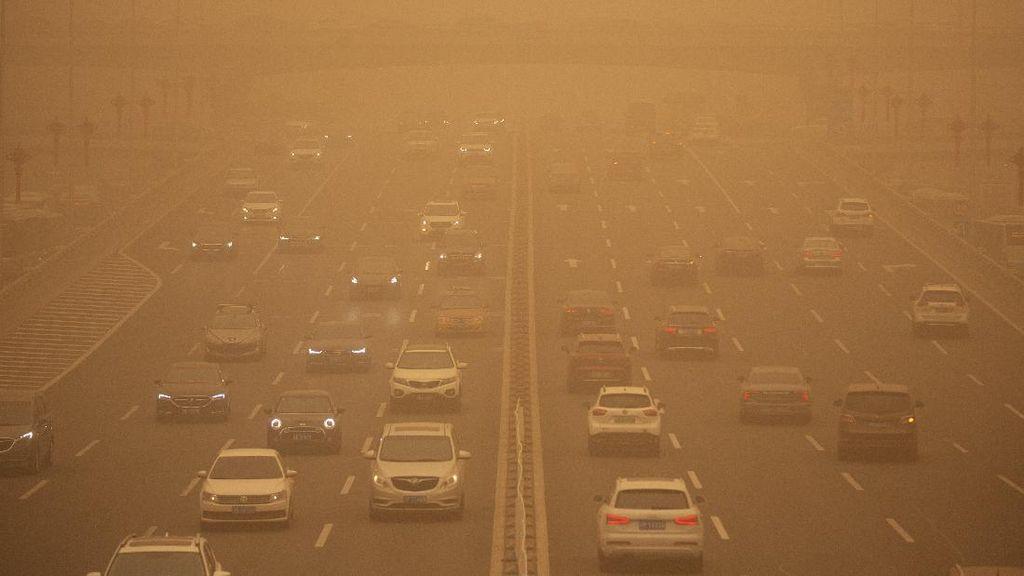 Badai Pasir di China Telan Kota, Warga Tak Bisa Lihat Cahaya Matahari