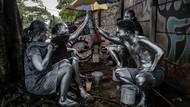 Sosok Nasib Manusia Silver di Jalanan Kota