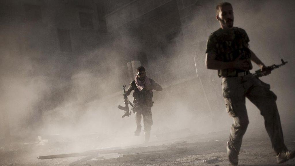 Tentara Suriah Tembaki Benteng Pemberontak, 7 Warga Sipil Tewas