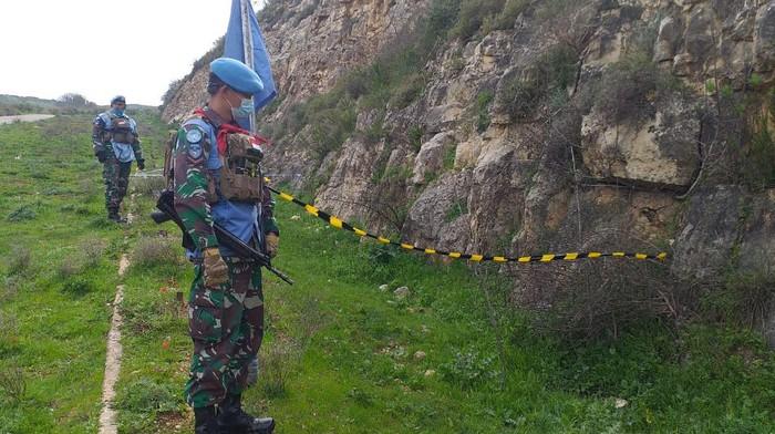 Satgas Garuda berhasil mengamankan mortir aktif berdaya ledak tinggi dengan status unexploded ordnance di Lebanon (dok UNIFIL)