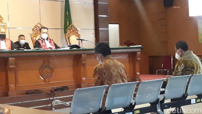 Sidang kasus korupsi PT DI