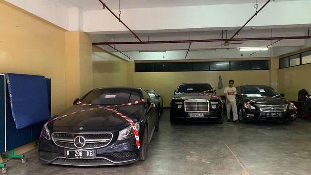 3 Mobil Tersangka Asabri Dipindahkan dan Dititipkan di Kantor Asabri