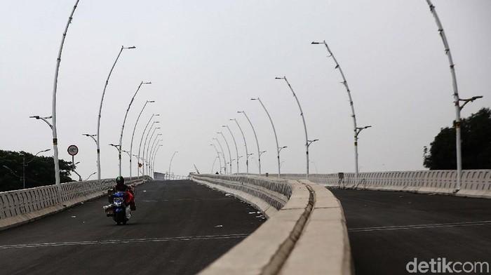 Pembangunan Flyover Cakung, Jakarta Timur sudah memasuki tahap akhir. Flyover ini pun siap diujicoba.
