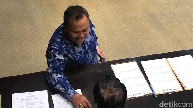 Jhoni Allen Marbun di rapat DPR (Rolando Fransiscus Sihombing/detikcom).
