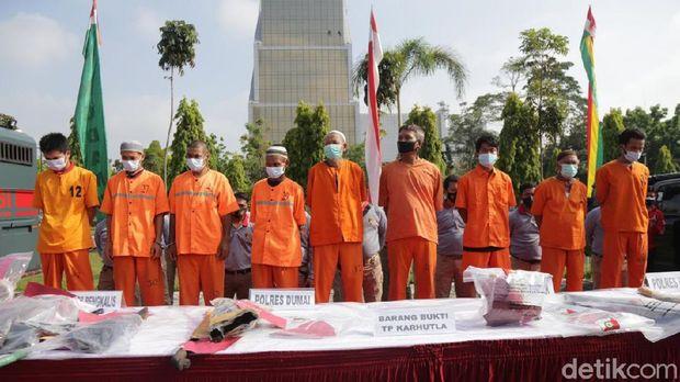Kapolda Riau, Irjen Agung Setya, mengungkap sembilan orang ditangkap terkait karhutla di Riau (Raja Adil/detikcom)