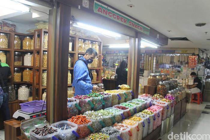 Di Pasar Mayestik Bisa Puas Belanja Makanan Segar hingga Camilan Enak