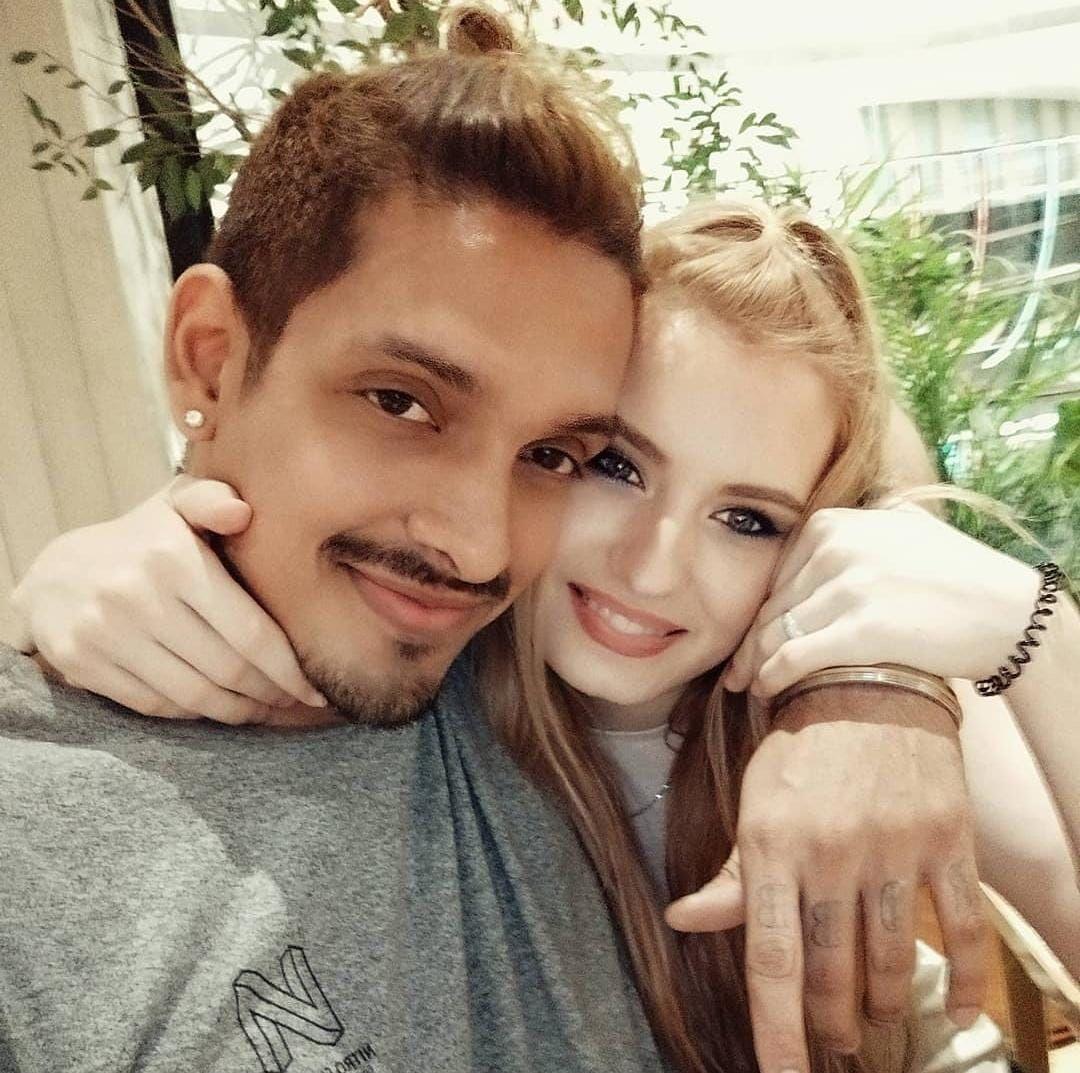 Robby Shine dan Natasya Shine