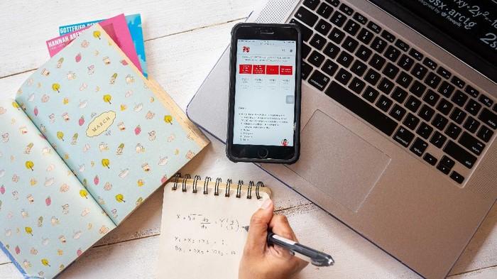 Telkomsel menyalurkan bantuan kuota internet Kemendikbud 2021.