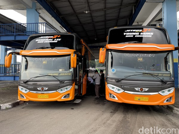 Mari kita menjajal kursi president class bus AKAP dari PO 27Trans Java rute Malang-Jakarta. Meski terlihat biasa dari luar, kami terkesima kala masuk ke dalamnya.