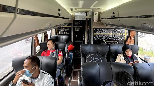 Bus President Class 27Trans Java