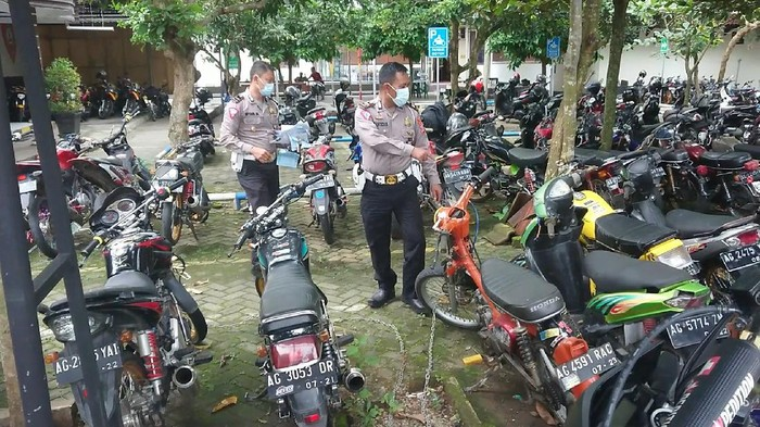 Jelang Ramadhan, Polisi Trenggalek Amankan Puluhan Motor Berknalpot Brong