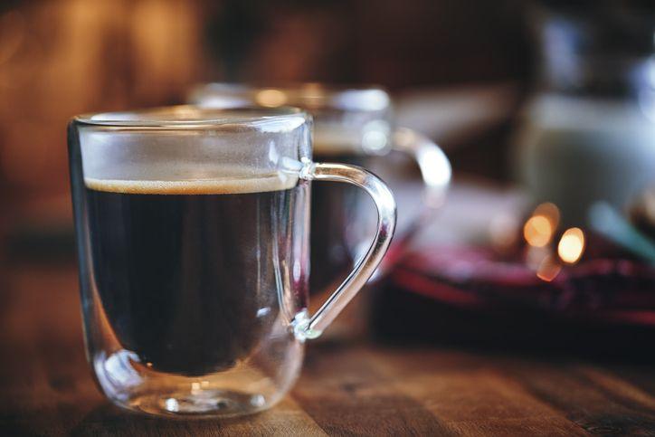 A cup of esprJumlah Kalori Secangkir Kopi Hitam, Kopi Sehat yang Kaya Manfaatesso black coffee