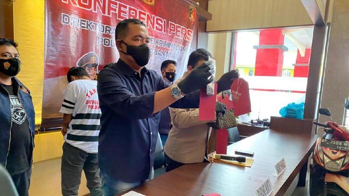Konferensi pers penangkapan begal di Batam, Kepri (dok. Polda Kepri)
