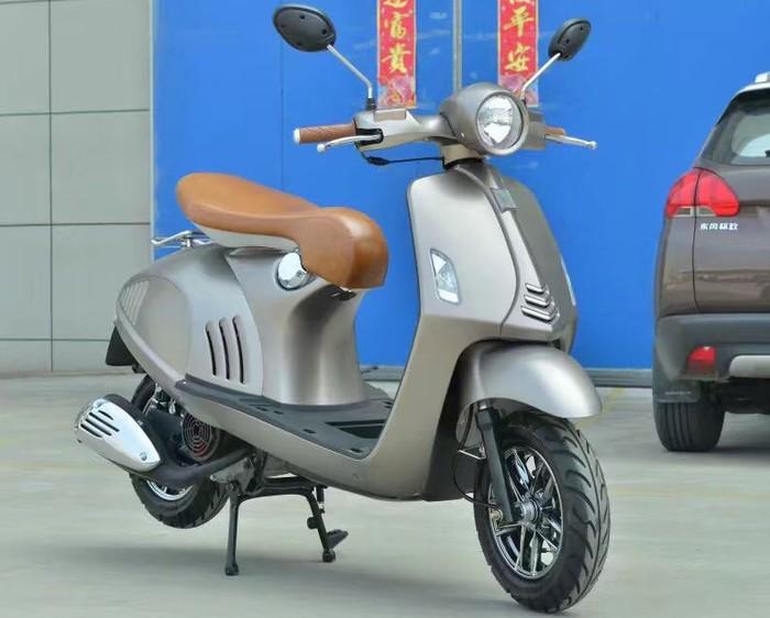 Motor kloningan Vespa 946