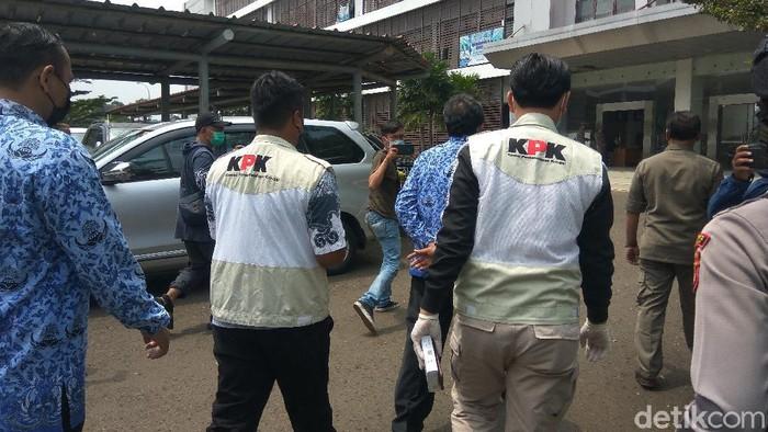 Petugas KPK datangi kantor Pemerintahan Kabupaten Bandung Barat