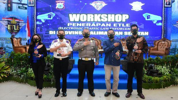 Polda Kalsel gelar seminar penerapan e-TLE di Banjarmasin. Foto dikirim Kabid Humas Polda Kalsel