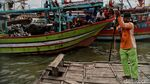 Potret Ojek Perahu di Kampung Nelayan Demak