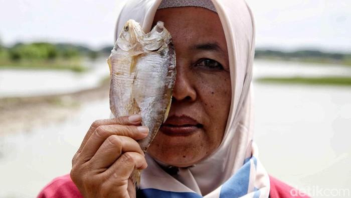 Gerakan emansipasi yang dipelopori RA Kartini telah menghasilkan perempuan-perempuan tangguh di segala lini. Ini contohnya.