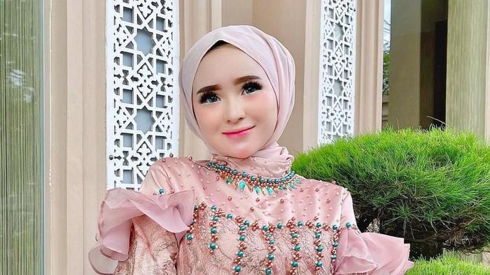 Selebgram asal Aceh viral di media sosial.
