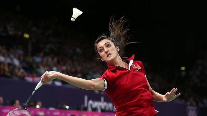 LONDON, ENGLAND - JULY 31:  Neslihan Yigit of Turkey in action during her Womens Singles Badminton match against  Shao Chieh Cheng of  Chinese Taipei on Day 4 of the London 2012 Olympic Games at Wembley Arena on July 31, 2012 in London, England.  (Photo by Julian Finney/Getty Images)