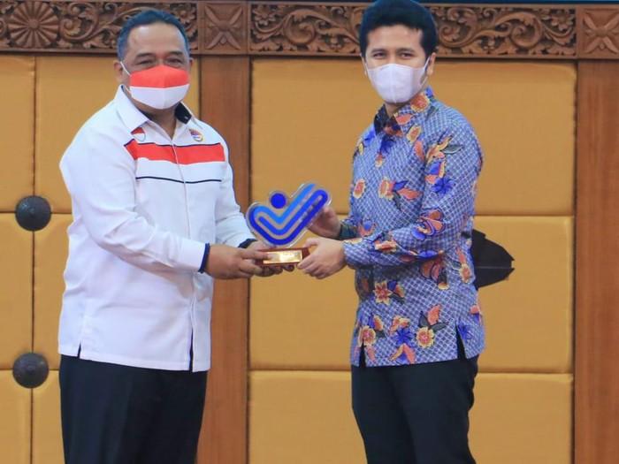 Wagub Emil Pastikan Pemprov Jatim Komitmen Lindungi Pekerja Migran Indonesia