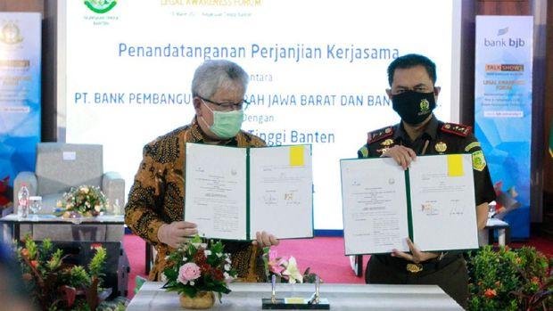 bank bjb bekerja sama dengan Kejaksaan Tinggi Banten menggelar talkshow penerangan hukum dengan tema