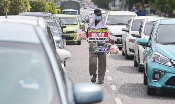 Di Malaysia, Jajan di Pedagang Asongan Bisa Kena Denda Rp 7 Juta
