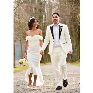 Viral Artis Cantik Menikah dengan Pebisnis, Pakai Gaun Harga Rp 89 Ribuan