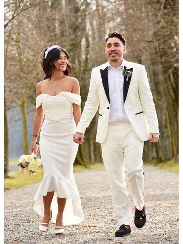 Dionne Monsanto, artis Filipina menikah dengan baju Rp 89 ribuan.