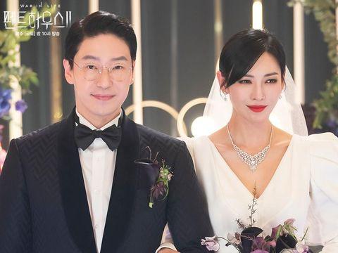 Kim So Yeon dan Uhm Ki Joon di The Penthouse 2