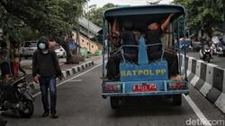 Pemerataan vaksin COVID-19 terus dikebut. Saat ini pelayanan jemput bola untuk para lansia digelar di kawasan Jakarta Utara.