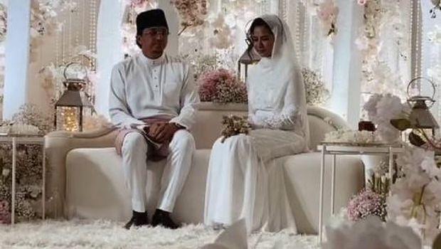 pernikahan Engku Emran