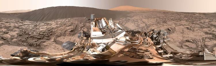 Foto panorama di samping Namib Dune di Mars