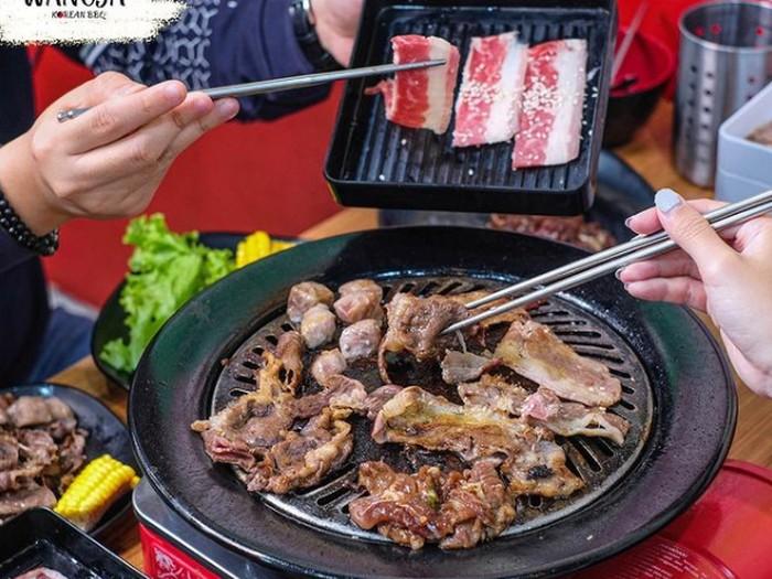 Makan Malam Kenyang di Restoran Korea AYCE yang Komplet Ini