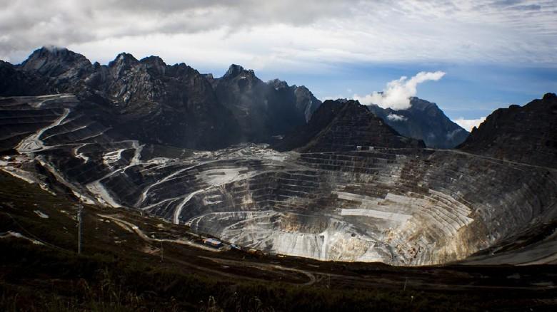Tak hanya di Kongo, gunung emas pun bisa ditemukan di berbagai negara. Bahkan Indonesia masuk daftar 10 besar negara yang punya emas terbanyak.