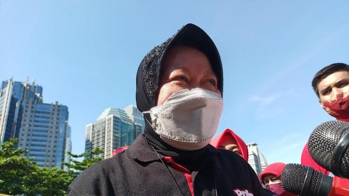 Mensos Tri Rismaharini atau Risma di kompleks GBK, Jakarta, Minggu (21/3/2021).