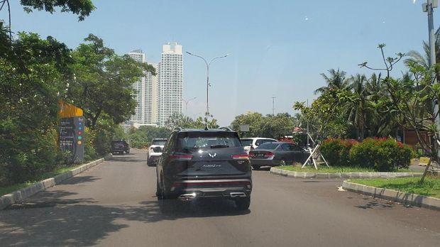 Test drive Wuling Almaz RS