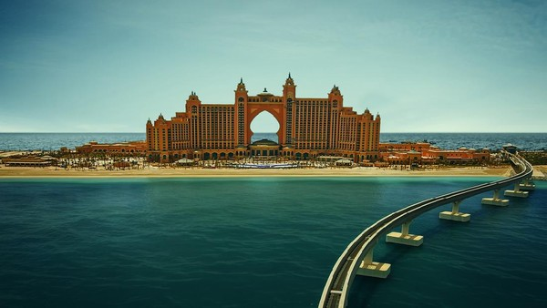 Palm Jumeirah mungkin terkenal dengan hotel bintang lima dan villa mewah. Namun di dalamnya juga ada fasilitas medis untuk ikan (Getty Images/iStockphoto)