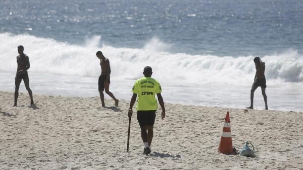 Hingga Sabtu (20/3), Brasil telah mencatat hampir 12 juta kasus Corona dan lebih dari 290 ribu kasus kematian. AP Photo/Bruna Prado