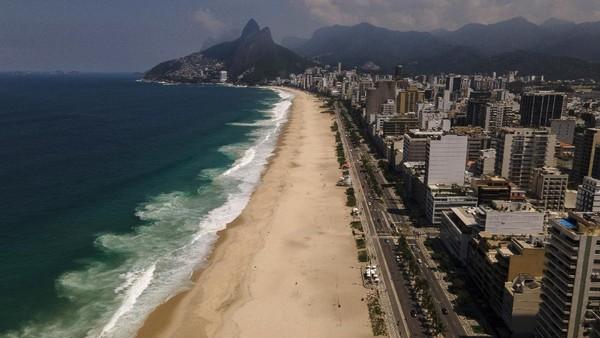 Rio de Janeiro menutup pantai-pantainya yang terkenal dalam upaya untuk menahan lonjakan COVID-19. AP Photo/Lucas Dumphreys