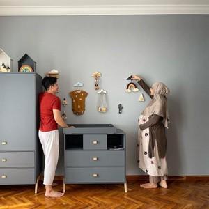 Inspirasi Kamar Bayi Irwansyah dan Zaskia Sungkar, Minimalis dan Manis