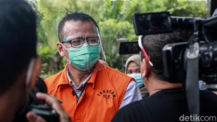 Eks Menteri Kelautan dan Perikanan Edhy Prabowo kembali diperiksa KPK. Ia diperiksa terkait kasus korupsi eskpor benih lobster yang menjerat dirinya.