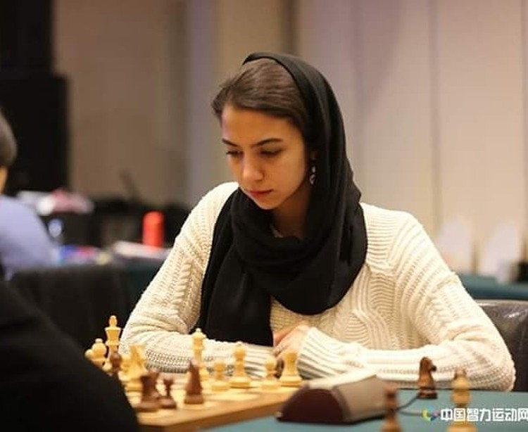 Pecatur wanita juga banyak yang merajai Chess.com. Ini dia beberapa di antaranya.