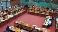 Bahas RUU Praktik Psikologi, Komisi X Gelar Rapat Bareng Nadiem-Risma