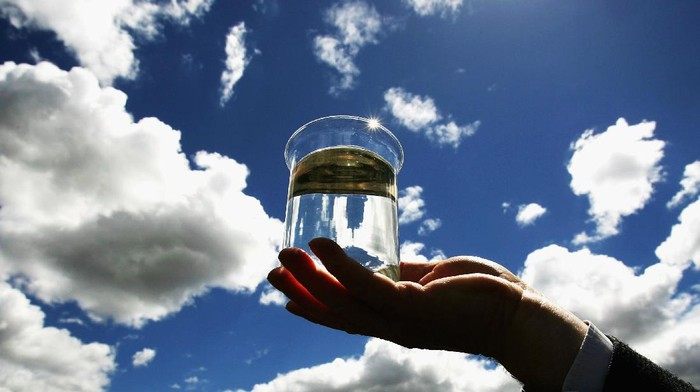 World Water Day atau Hari Air Sedunia adalah perayaan tahunan yang dilakukan untuk kembali menarik perhatian publik pada pentingnya air bersih dan penyadaran untuk pengelolaan sumber-sumber air bersih yang berkelanjutan.
