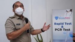 Guna menanggulangi pandemi COVID-19 beragam cara dilakukan berbagai pihak, salah satunya adalah dengan Swab. Pilihan outlet Swab di Jakarta kini semakin banyak.