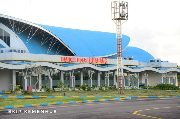 Bandara Kuabang