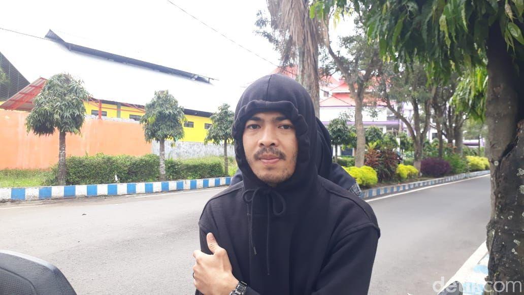 Bee, pengguna Jl Terusan Kecubung Barat, Kota Malang. (M Olifiansyah/detikcom)