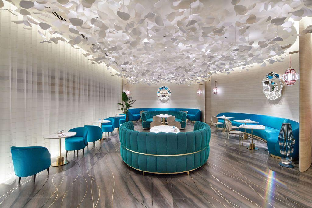 Keren! Le Chocolat V, Butik Cokelat Pertama Louis Vuitton Dibuka di Ginza